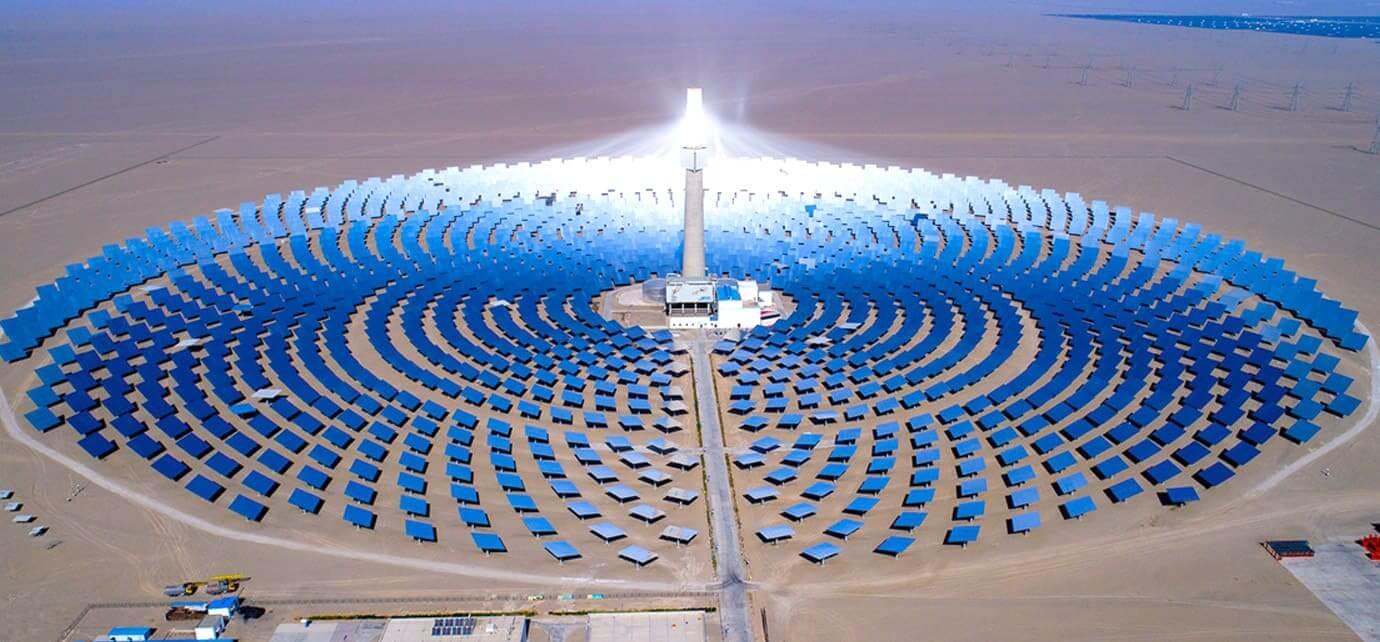 Medium and high temperature heat utilization of solar energy